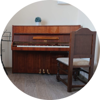 Где поиграть на пианино в Минске